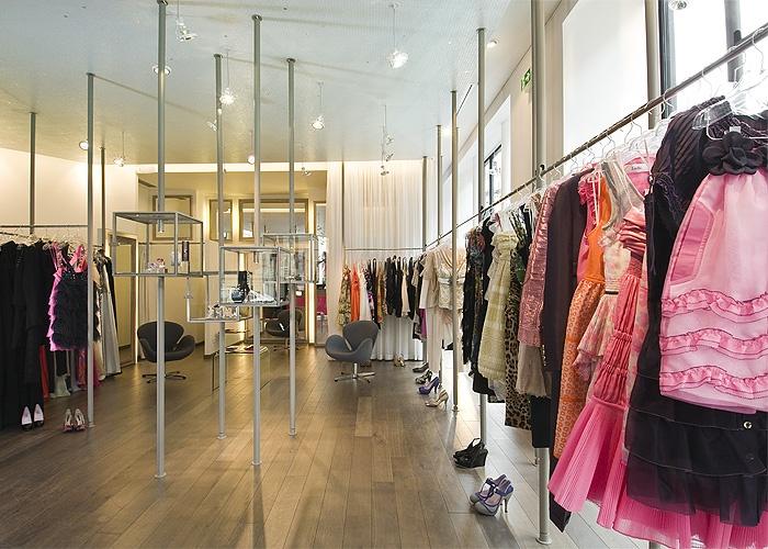 Boutique Métal Flaque, rue de l'Echelle : 3.jpg