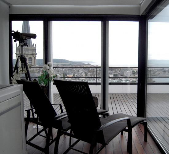 villa bord de mer trouville sur mer une r alisation de acte architecture. Black Bedroom Furniture Sets. Home Design Ideas