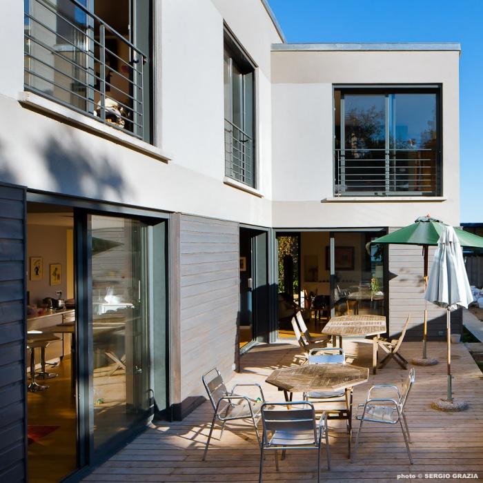 Maison contemporaine : IC R ECR 2011-09-28_0439 T.jpg
