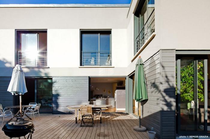 Maison contemporaine : IC R ECR 2011-09-28_0455 T.jpg