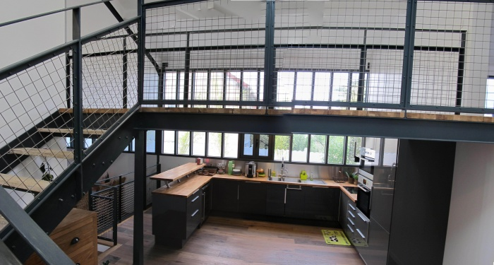Réhabilitation de hangars en habitation