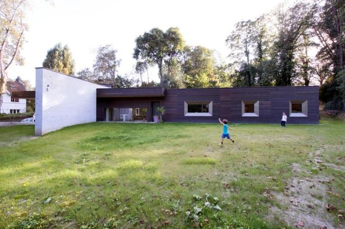 War House : 8