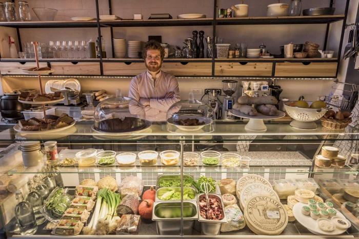 Restaurant_Chéri Charlot et épicerie fine Paris 9e : _EDN0699