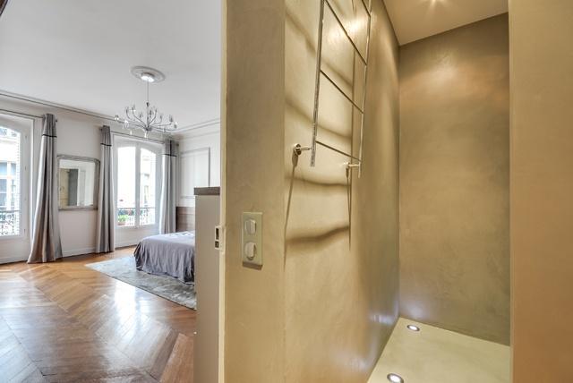 Appartement Paris 9 : Poissonnières-chambre1.jpg