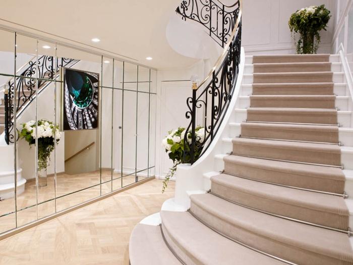 Retail_bijouterie : escalier