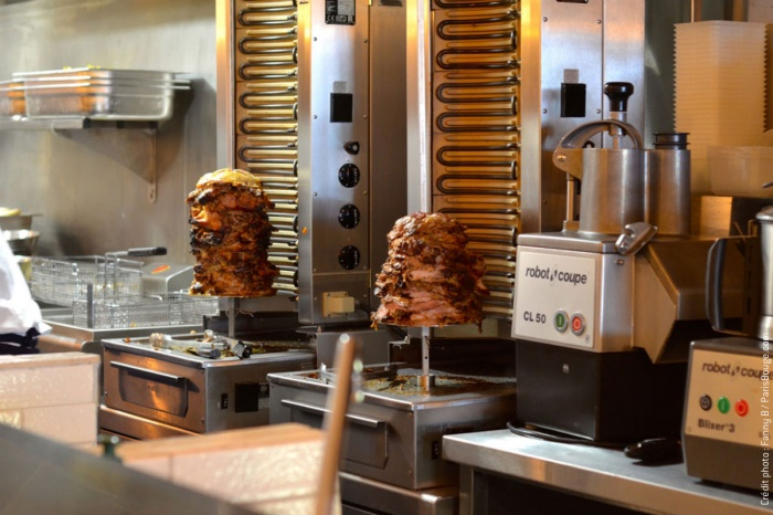 Restaurant_Rococo Paris9e : 6-rococo-kebab-meilleur-falafel-paris-viande-faubourg-st-martin-creditphotos-fannyb-parisbouge-w1200-h900.jpg