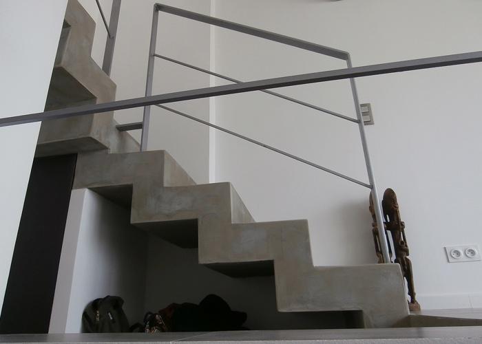 RÉNOVATION COMPLÉTE MAISON MARSEILLE : WEB_GOUD_72dpi_photo detail escalier.jpg